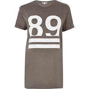 Grey number print boyfriend T-shirt