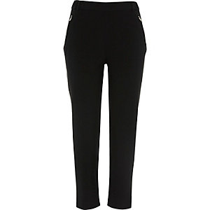 Black contrast side panel tapered pants