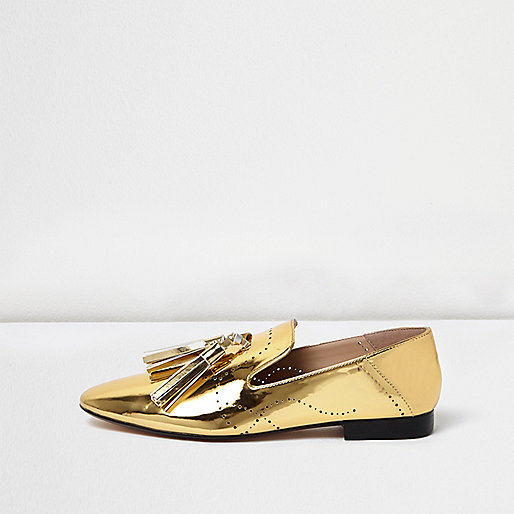 Gold patent tassel loafers