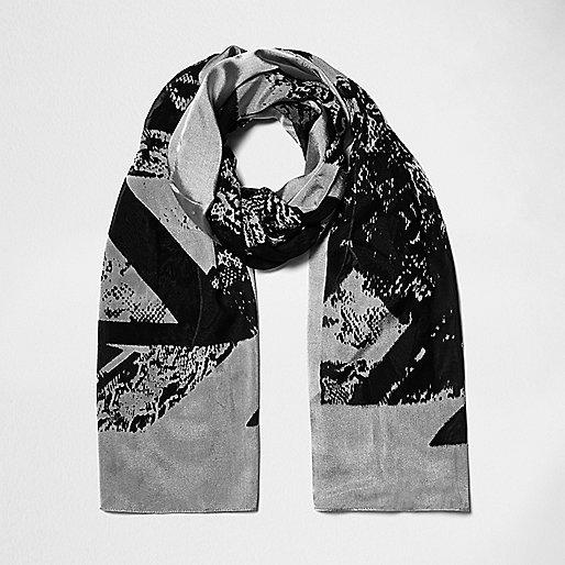 Black spliced print light scarf