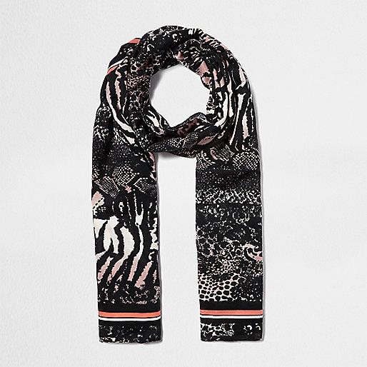 Schwarzer Schal mit Animal-Print