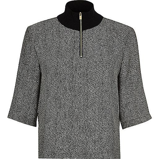 Black print wide sleeve top