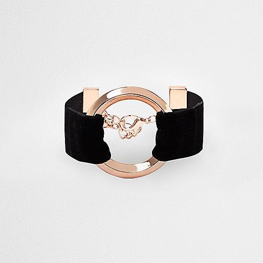 Rose gold tone velvet circle bracelet