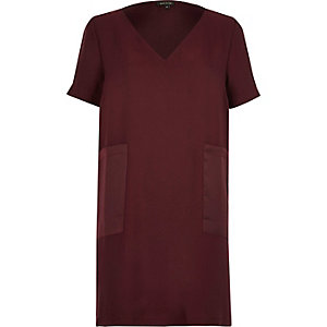 Dark red panel pocket T-shirt dress