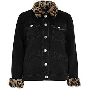 Veste en jean noir bordée de fausse fourrure