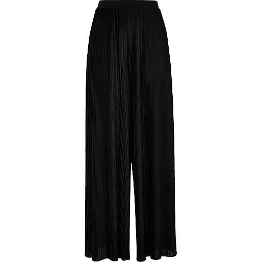 Black pleated wide leg trousers