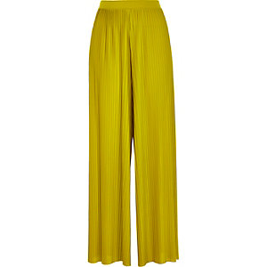 Dark yellow pleated wide leg pants
