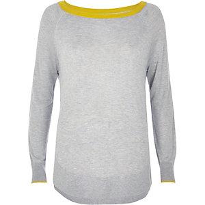 Grey contrast trim knit top
