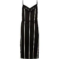 Schwarzes, gestreiftes Kleid mit Spitzeneinsatz