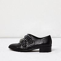 Chaussures cloutées noires à boucle