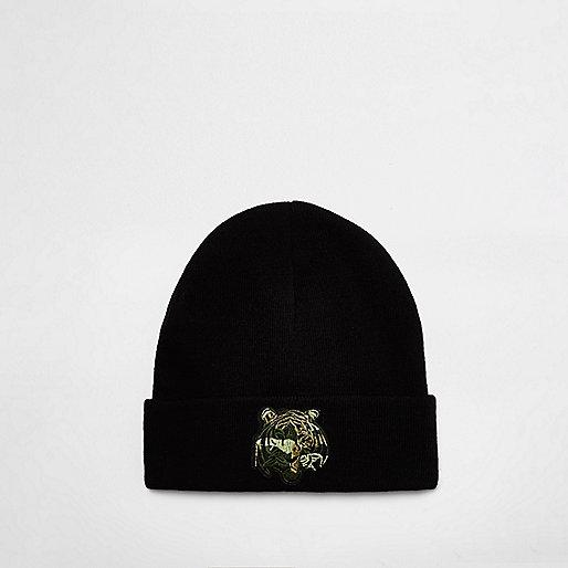 Bonnet noir motif tigre