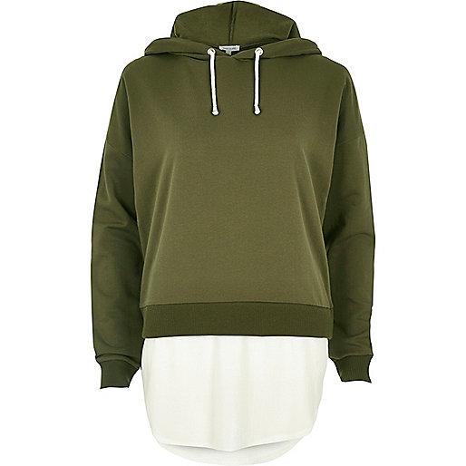 Khakigrüner Hoodie mit Kontrastsaum