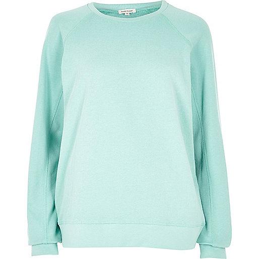 Green long sleeve sweatshirt