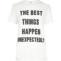 "T-Shirt mit ""Best Things""-Print in Creme"