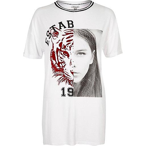 Weißes Boyfriend-T-Shirt mit Tigerprint