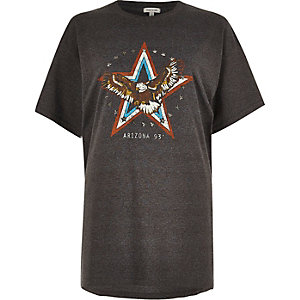 Black stars print boyfriend T-shirt