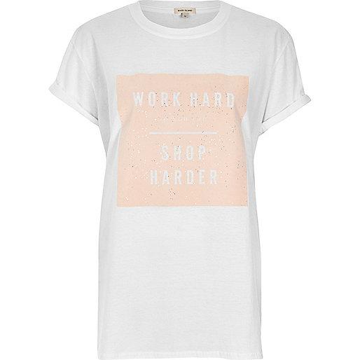 T-shirt boyfriend imprimé 'Work Hard' blanc