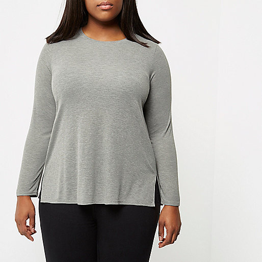 RI Plus grey scoop neck top