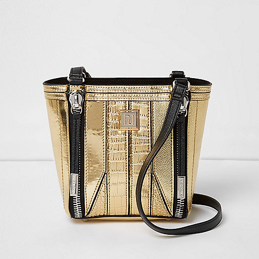 Gold scale effect mini bucket bag