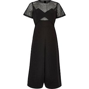 Combinaison jupe-culotte en dentelle noire