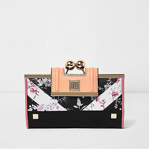 Black floral print ball clip top purse