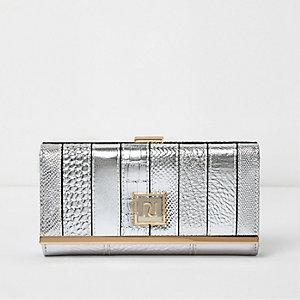 Silver stripe clip top purse