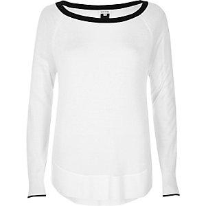 Cream contrast trim knit top
