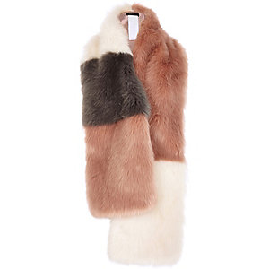 Pink block faux fur wide stole
