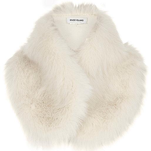 Cream faux fur tippet scarf