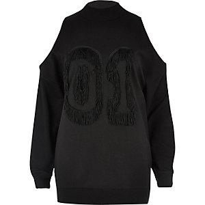 Sweat noir motif numéro à franges et épaules dénudées