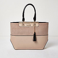 Tote Bag mit Bahnendesign, in Nude