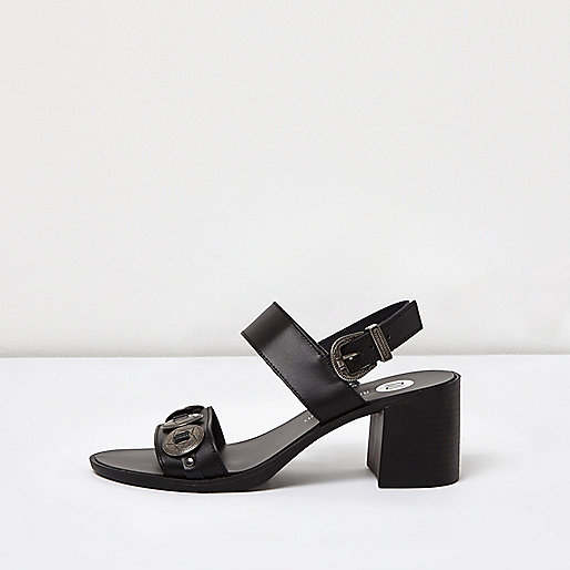 Sandales à talons en cuir noir