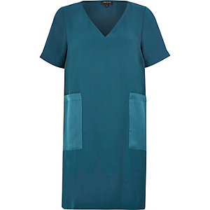 Blue panel pocket T-shirt dress