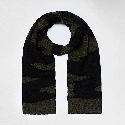 Écharpe en maille motif camouflage kaki style couverture
