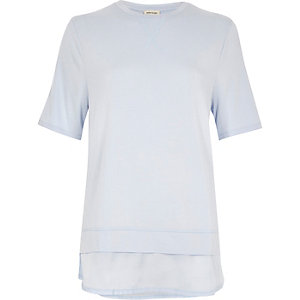 Light blue satin hem layered T-shirt