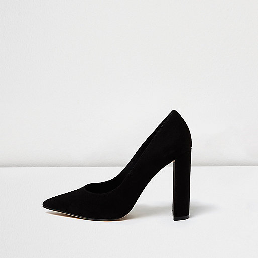 Black pointed block heel court shoes