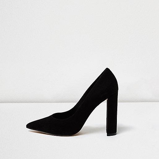 Black block heel pumps