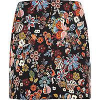 RI Plus red floral print mini skirt