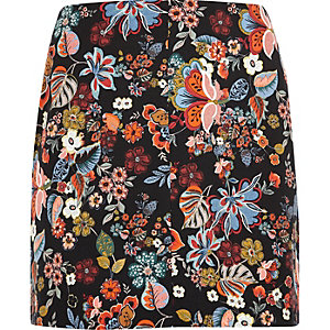 Plus red floral print mini skirt