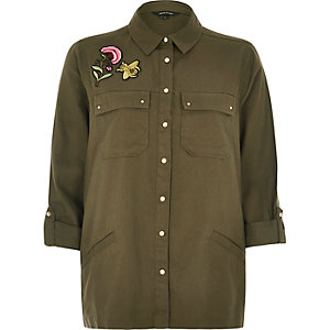 Khaki badge shacket