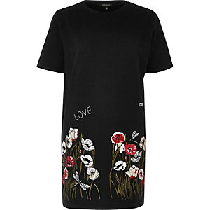 Black embroidered hem oversized T-shirt