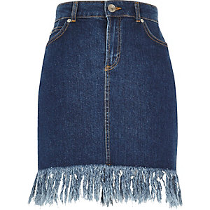 Blue wash frayed hem denim skirt