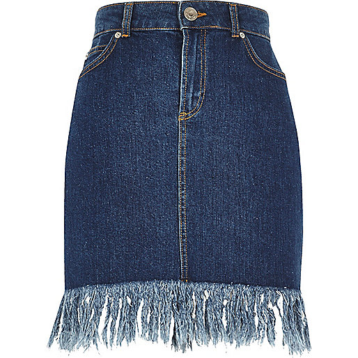 Medium blue frayed hem denim skirt