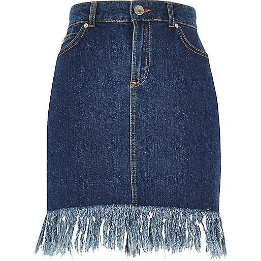 Blue wash frayed hem denim skirt