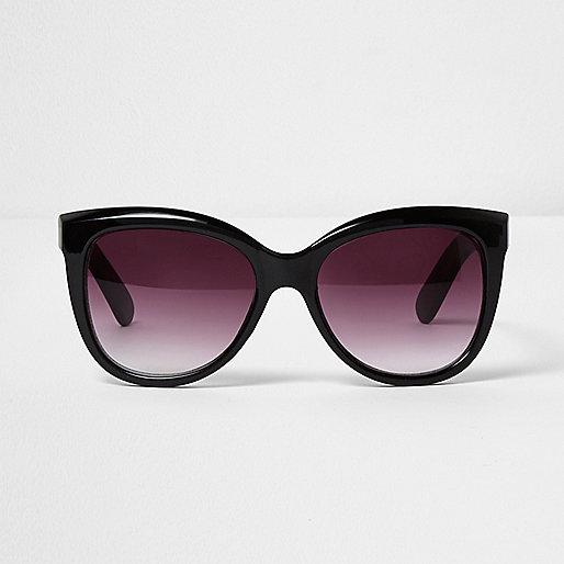 Black glam oversized sunglasses