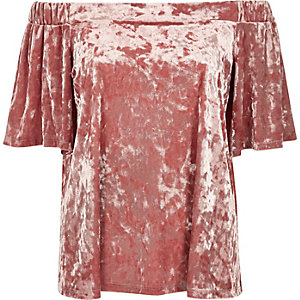 Haut bardot en velours rose blush