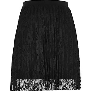 Black pleated lace mini skirt
