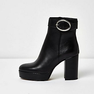 Black leather buckle platform heel boots