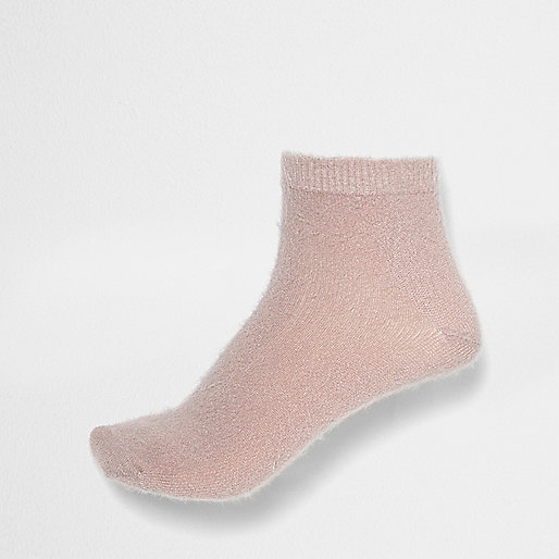 Pink fluffy ankle socks
