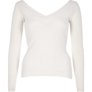 Cream ribbed knit V-neck top